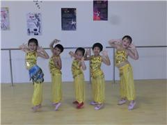 广州少儿街舞培训班!全国连锁机构招生!