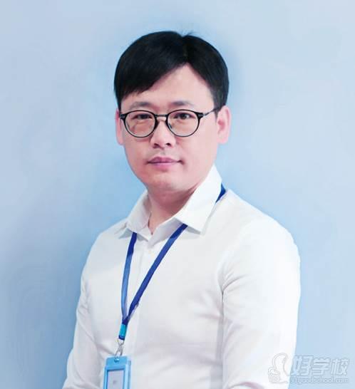 杭州天眼教育  余老师