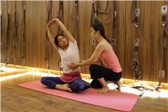 广州瑜伽导师基础班(小班制教学)