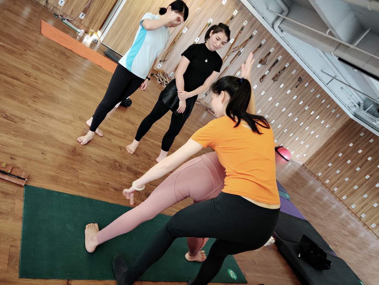 广州瑜伽理疗小班(随到随学)