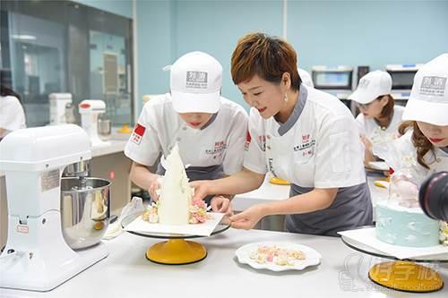 刘清西点蛋糕培训学校 教学现场