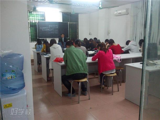 全兴职业学校教学环境