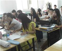 武汉一年制服装设计业余班