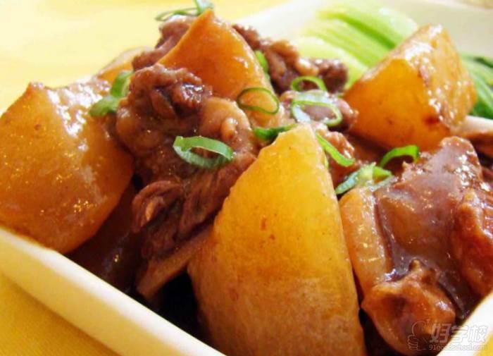 北京美味居餐飲培訓學校  牛雜蘿卜課程