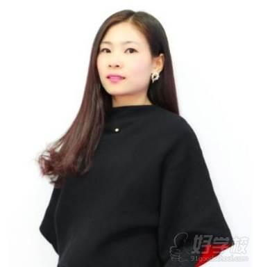 绣尚绣纹绣培训中心  青青老师