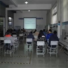 上海汽车钣金喷漆培训课程