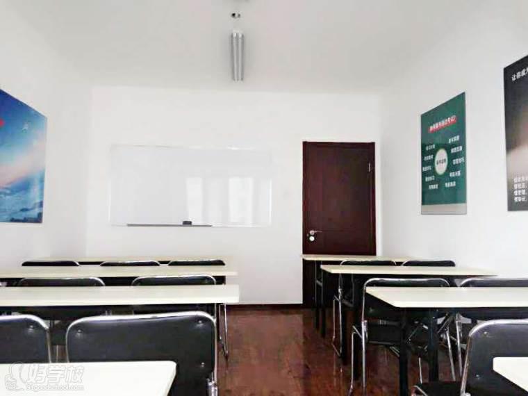 天津易巨林教育教学环境