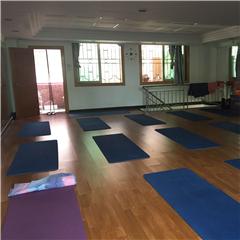 广州理疗瑜伽教练培训课程