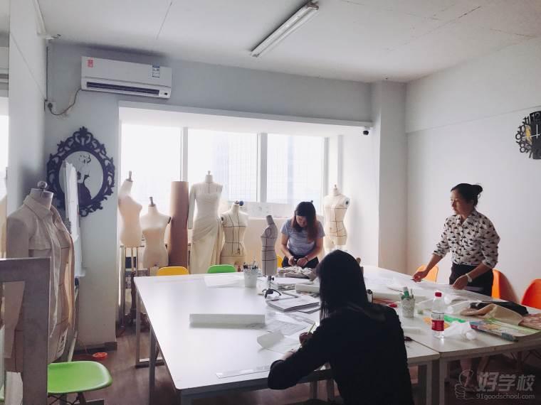 品牌女装_长沙基础服装设计初级班-长沙诗茹服装设计工作室-【学费,地址 ...