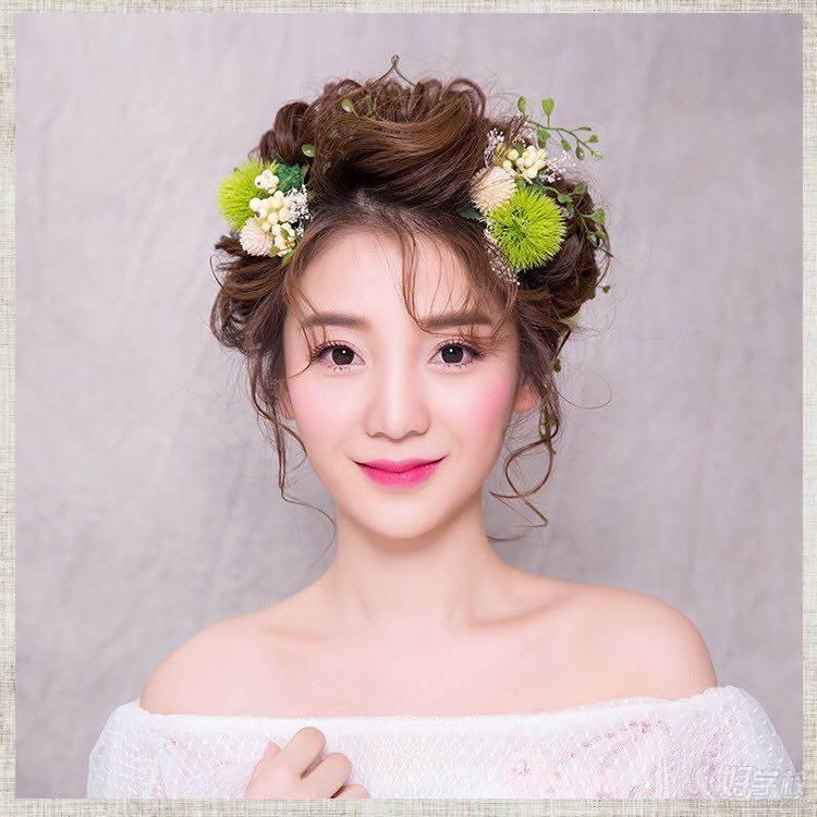 多次合作与东田造型,ebl发妆团队 专供时尚美妆,创意彩妆领域,对其有图片