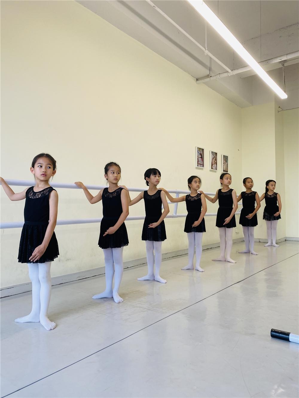 广州少儿芭蕾舞三级考级班