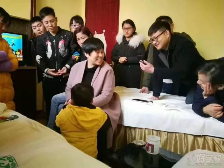 国耀中医学堂   教学风采