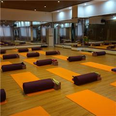佛山国际瑜伽导师培训课程