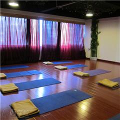 午睡瑜伽课程