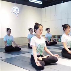 广州瑜伽教练培训班课程