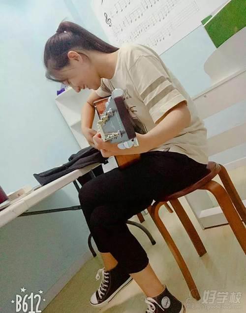 北京吉他尤克里里培训班课程