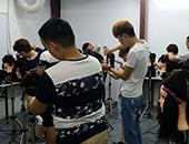 南京盧小江美發學校日常現場是怎么教學的?