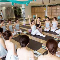 西安零基础哈他瑜伽教练培训班