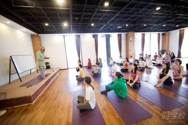 上海無陌瑜伽教培中心  教学现场