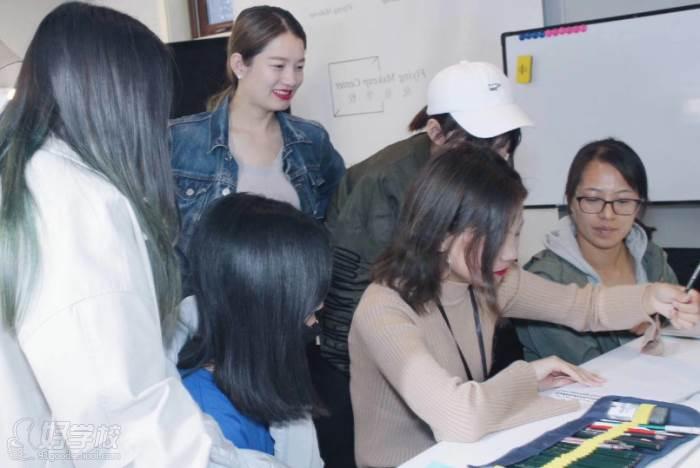 北京弗萊茵化妝培訓學校  課程講解