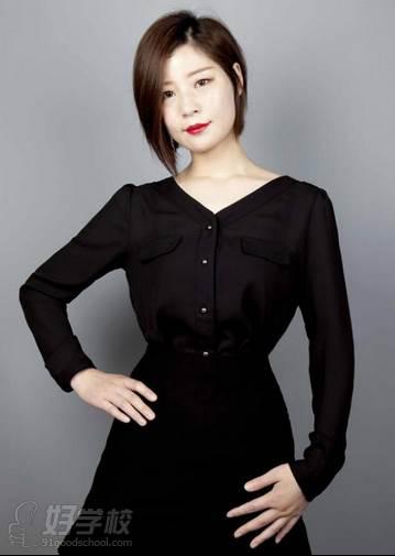 北京弗萊茵化妝培訓學校  導師 YOYO