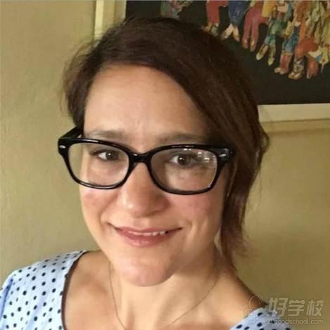 上海请课英语  导师 Nicolle