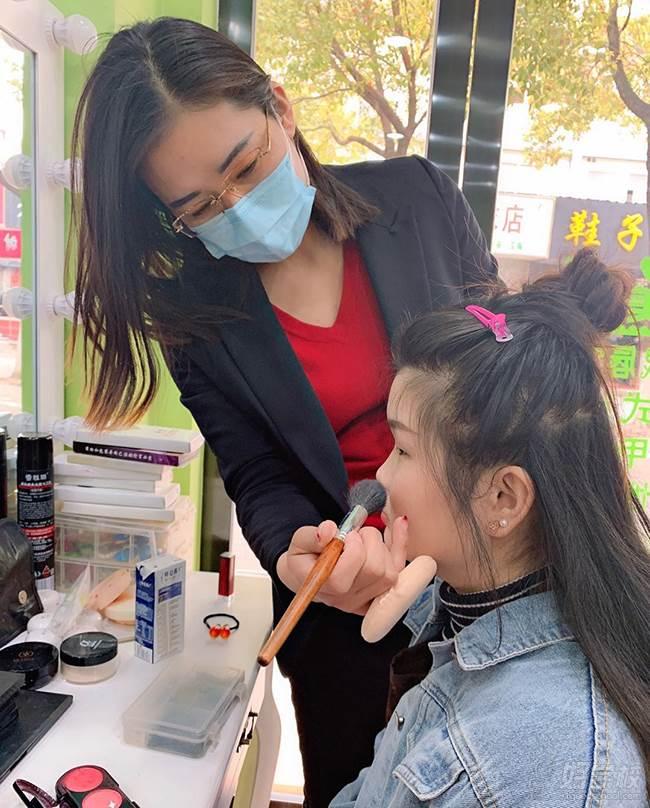 上海唯美°C培训中心 教学现场