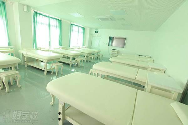 廈門皙邇學院 教學環境
