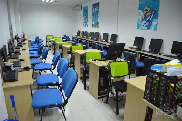 南通科迅教育 教室環境