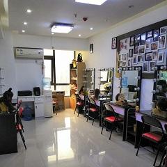 郑州时尚白领化妆造型提升培训班