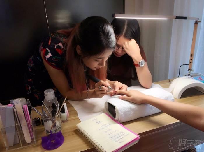 杭州明宸形象设计培训中心  专业教学