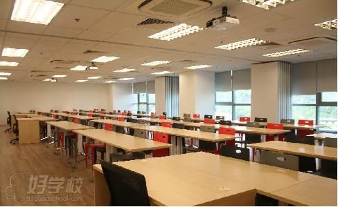 新加坡莱佛士音乐学院  教室