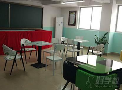 广西状元廊传媒培训学校  环境展示