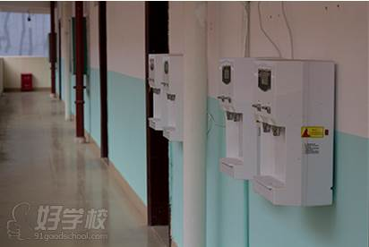广西状元廊传媒培训学校  配套设施