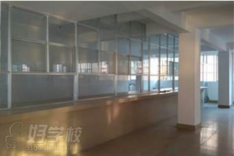 广西状元廊传媒培训学校  环境设施