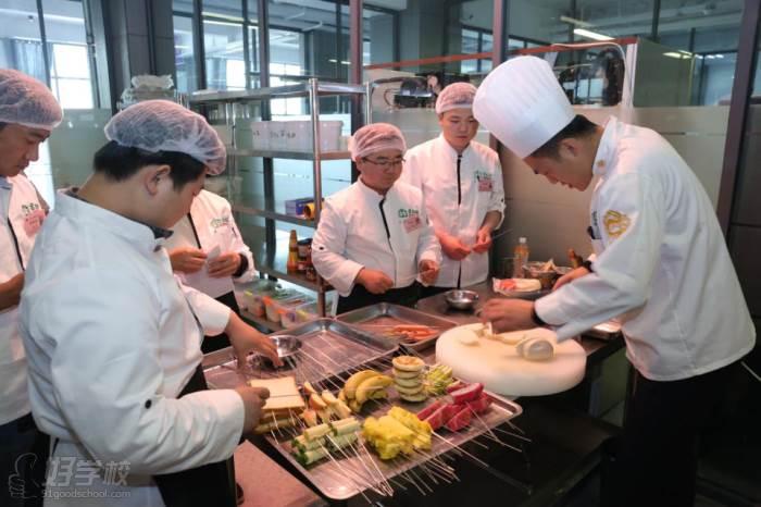 济南牛厨美食技术培训中心  现场实况