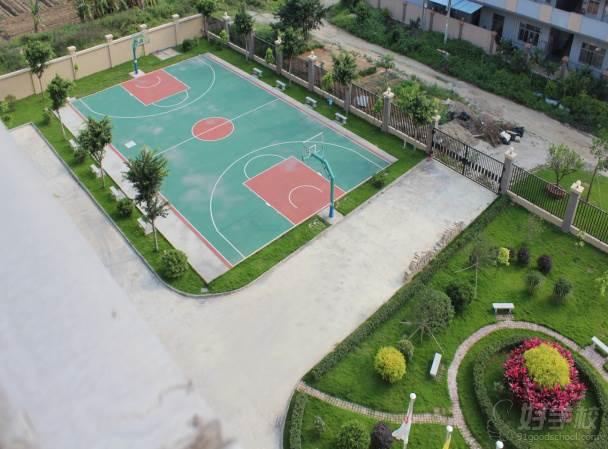 广州笃捷教育  教学设施-篮球场