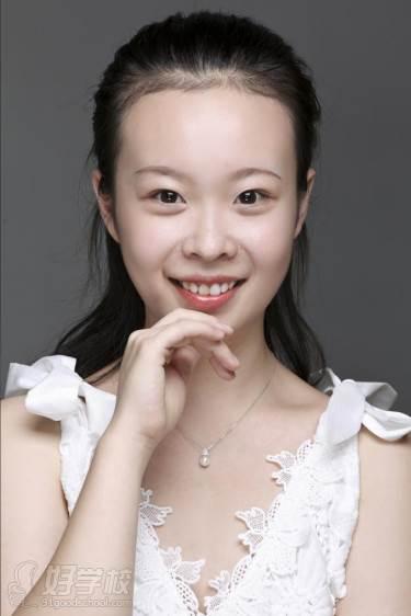 陕西芽色艺术培训中心  靳老师