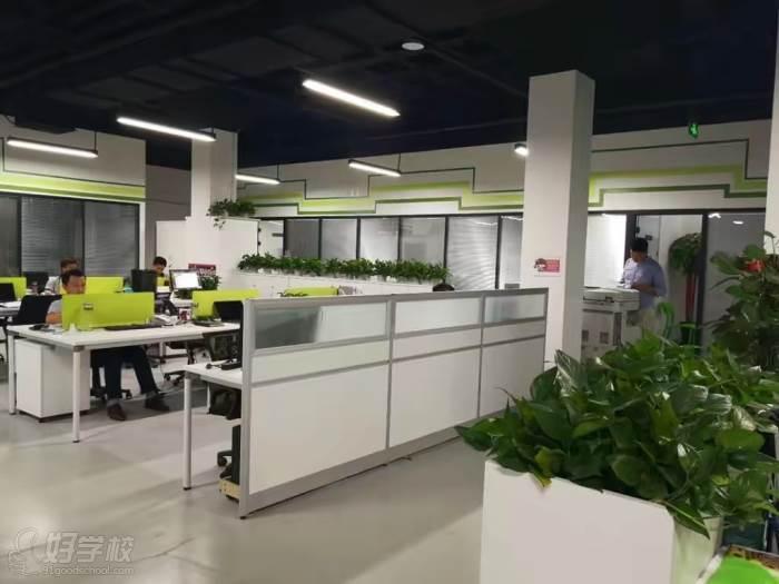 武汉笑坤企业咨询培训中心学校环境展示
