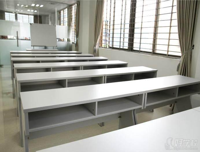 深圳逸棧烘焙西點培訓學校  教室環境