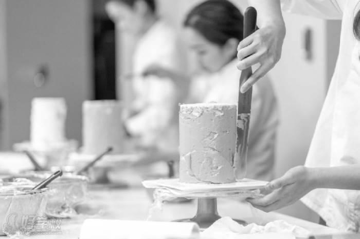 武汉多巴胺甜点培训中心  蛋糕制作技巧