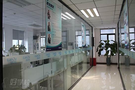 郑州蓝鸥科技培训中心 内部环境