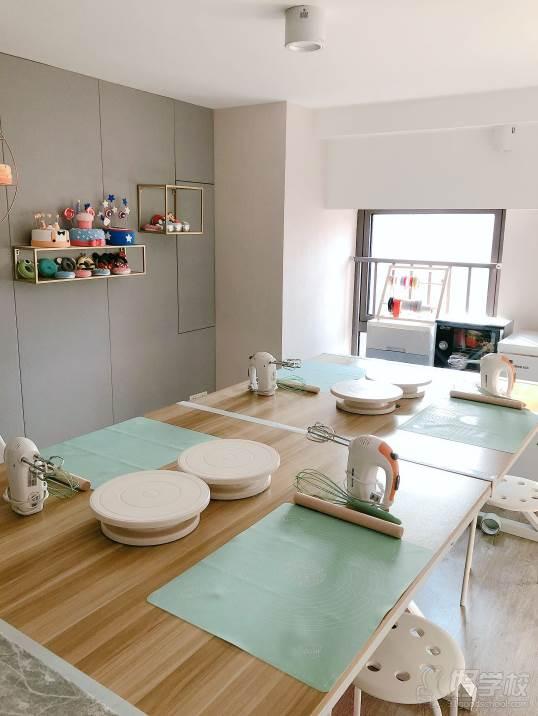 南京愛寵愛·高端寵物烘焙教室  環境展示-蛋糕教室