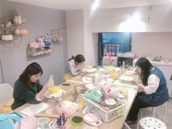南京愛寵愛·高端寵物烘焙教室  學員風采