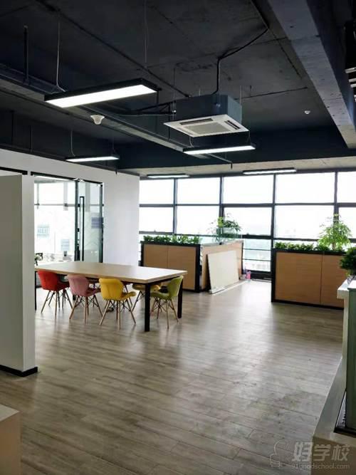 深圳贝勒海餐饮培训学校 休闲区环境