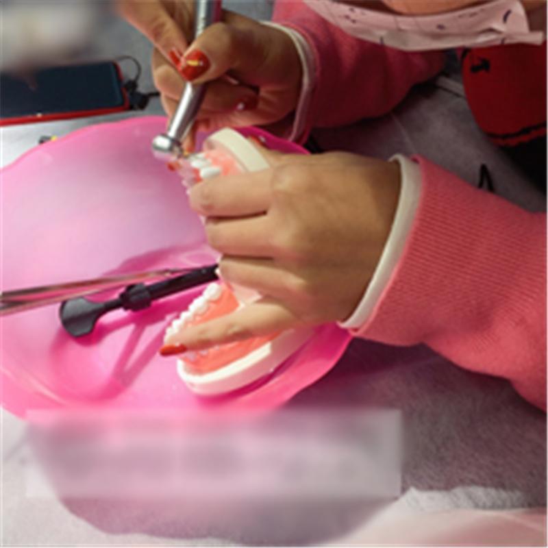 成都高端定制私人牙齿贴面培训班