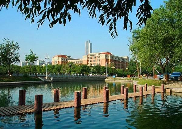渤海大学 校内环境