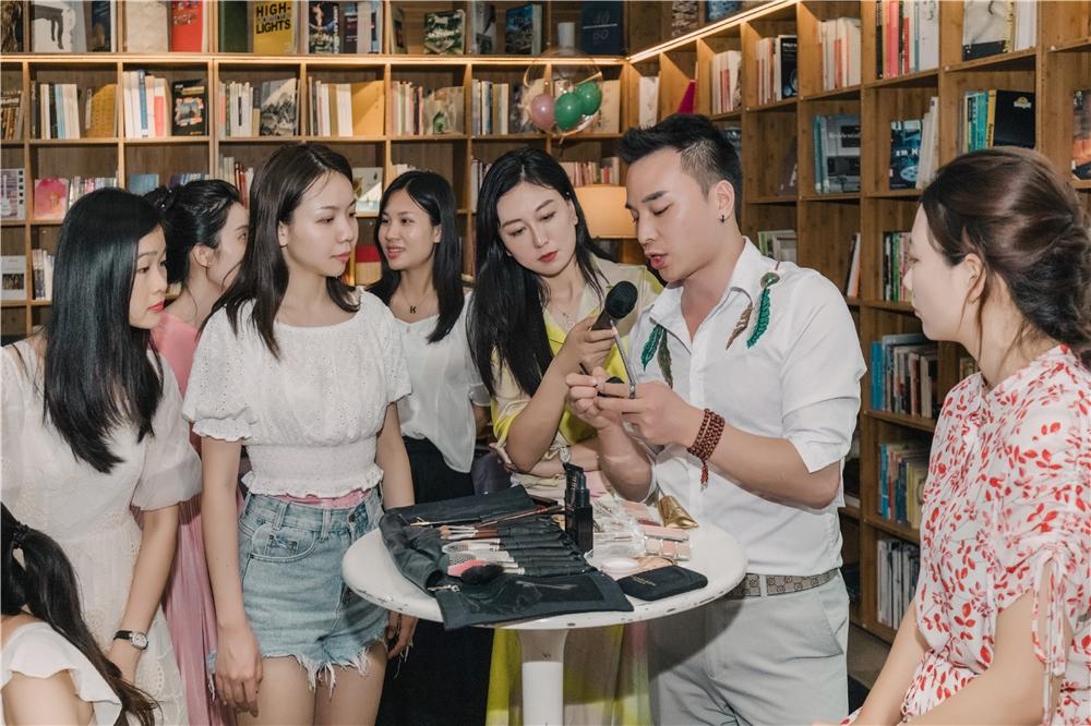 深圳韩式半永久定妆培训课程