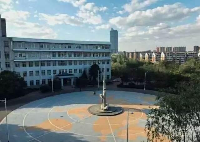 遼寧理工學院 內部環境