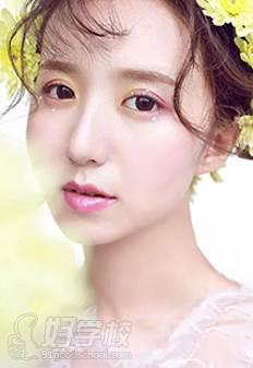 深圳水颜春天美容美甲化妆纹绣培训学校 作品展示